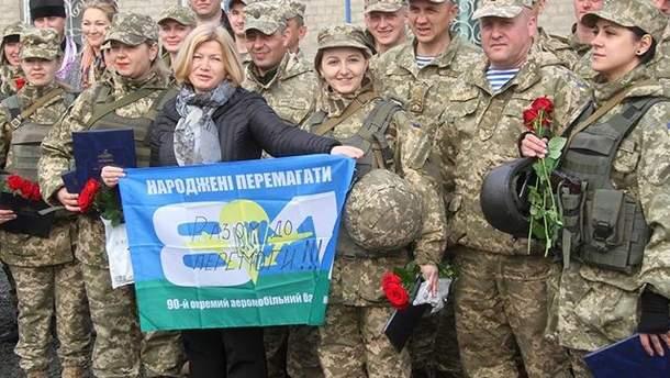 Україна йтиме до стандартів НАТО щодо ставлення до жінки в армії