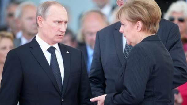 На початку травня Меркель зібралась з візитом до Москви