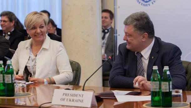 Порошенко хочет послушать аргументы Гонтаревой