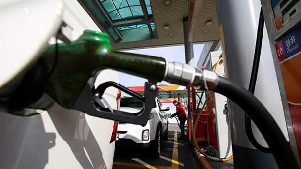 На АЗС подорожал бензин и дизтопливо