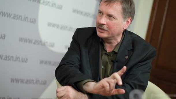 Тарас Черновол заявил, что всех украинцев в России вербует ФСБ