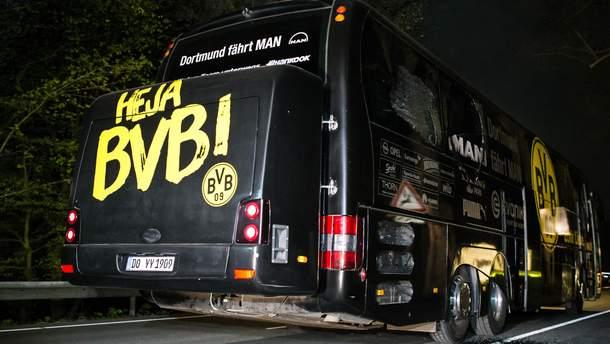 """Автобус """"Боруссии"""" после атаки"""