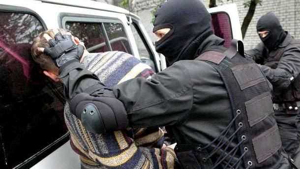 Сотрудники СБУ разоблачили транснациональную преступную группу (иллюстрация)