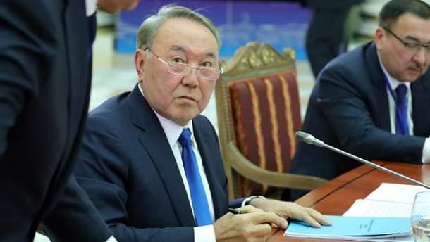 Казахстан возвращается к латинице