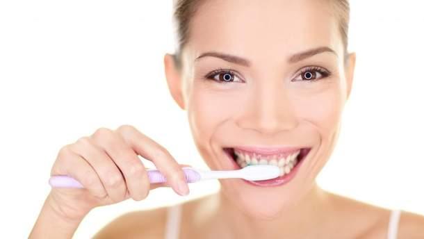Як відбілити зуби
