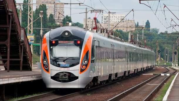 Дополнительные поезда на Пасху