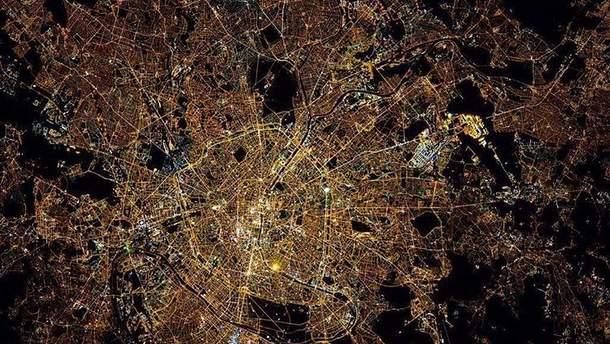 Париж. Вид з космосу