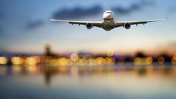 Квитки на літак можна придбати лише з паспортом