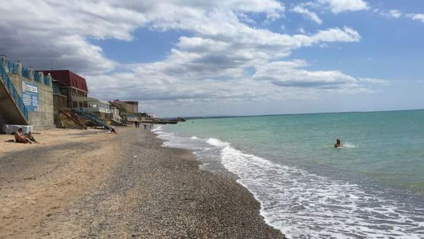 Безлюдні пляжі окупованого Криму