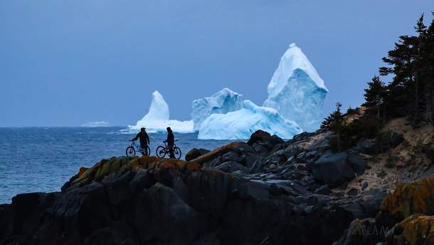 Айсберг возле Канады