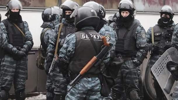 """Экс-бойцы """"Беркута"""" продолжают служить в полиции Харькова"""