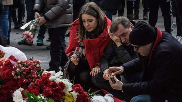 Количество жертв взрыва в Петербурге вновь выросло