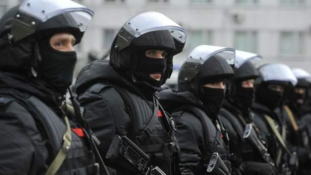 Сотрудники ФСБ (Иллюстрация)