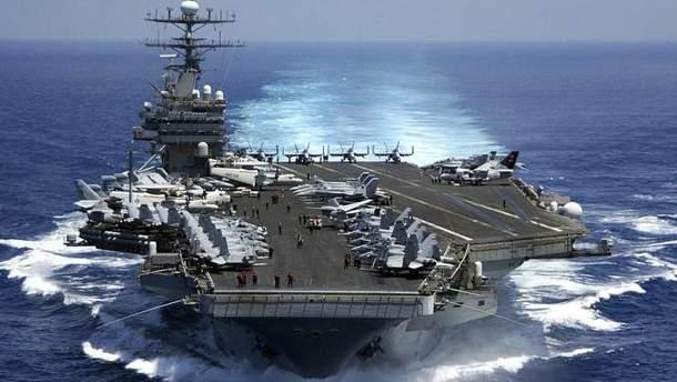 Авіаносець США Carl Vinson