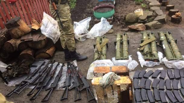 Затримали бойовиків зі зброєю