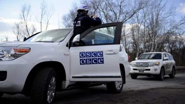 Автомобиль мониторинговой миссии ОБСЕ