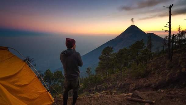 Фотограф запечатлел извержения вулкана