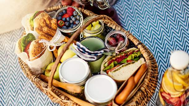 Меню на пикник: 14 рецептов блюд, которые можно приготовить на природе