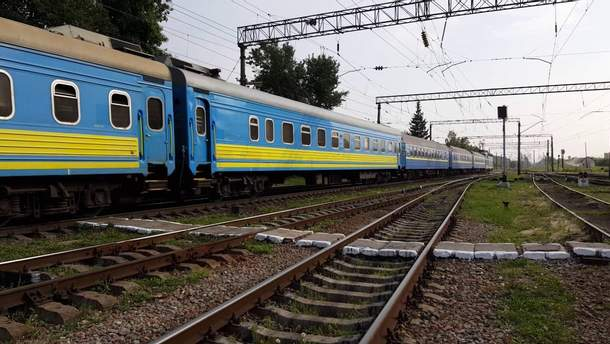 Расписание дополнительных поездов на майские праздники