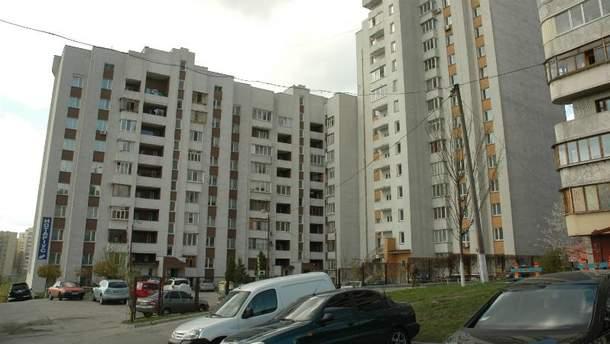 В Киеве в одной из многоэтажек произошел взрыв