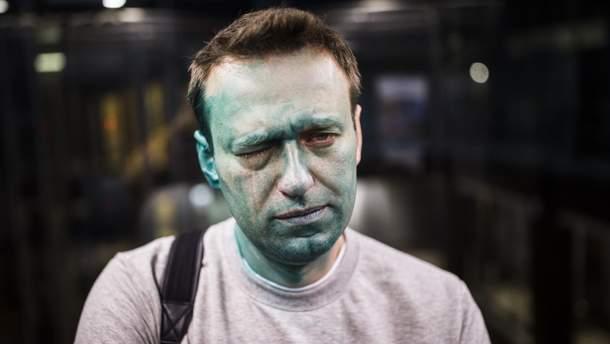 Олексій Навальний після нападу