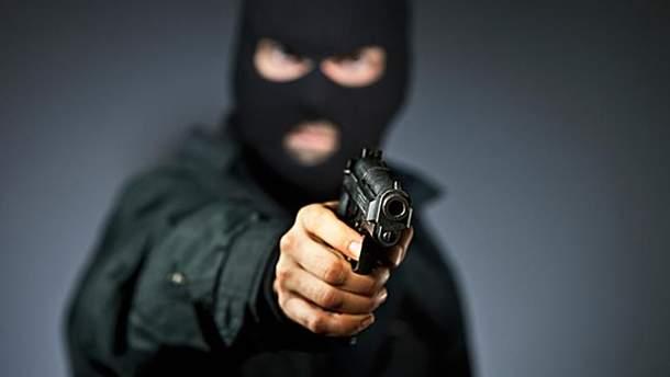 Деякі з нападників на працівників держзв'язку мали пістолети