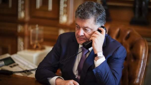 Петр Порошенко тайно звонил Путину?