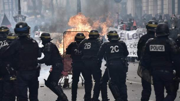 1 травня у Парижі було неспокійно