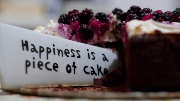 Американка пече торти для інтернет-кривдників