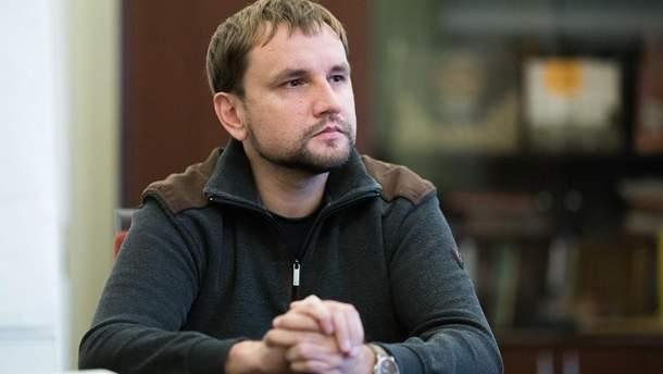 Володимир В'ятрович про болючі питання декомунізації
