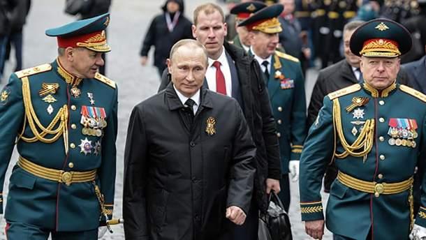 Володимир Путіна на військовому параді в Москві