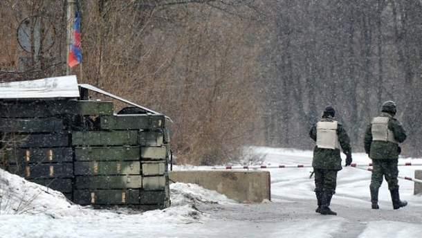 Между боевиками и российскими военными растет напряжение