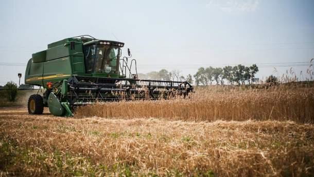 Украина продолжает покупать у России азотные удобрения