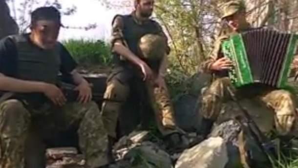 Бойцы АТО исполнили веселую песню о новом прозвище Путина и об