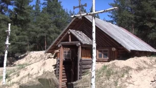 Украинские военные самостоятельно построили часовню в зоне АТО
