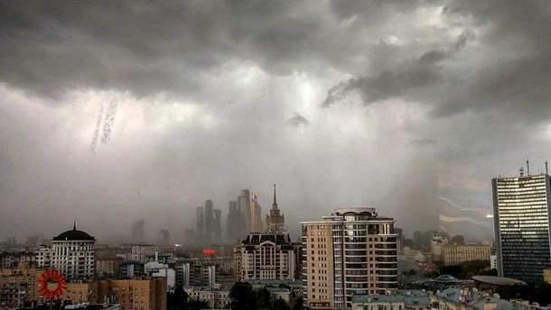 Буревій над Москвою