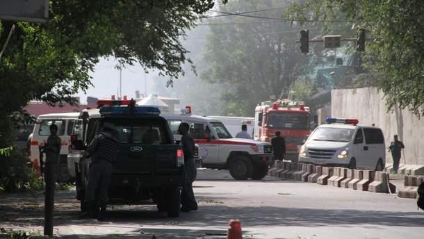 За попередніми даними, українців серед жертв вибуху в Кабулі немає