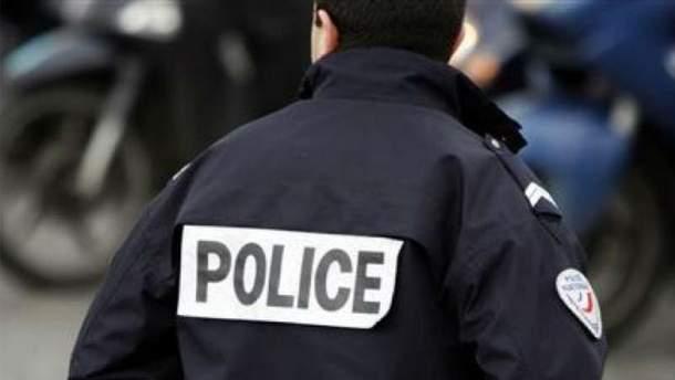Полицейские задержали вооруженного мужчину