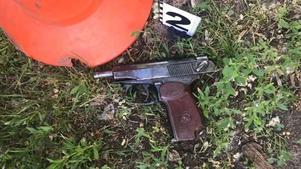 Фото с места стрельбы на Подоле