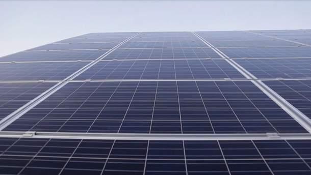 Самая большая в мире плавучая солнечная электростанция в Китае