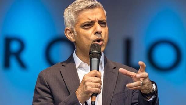 """Мэр Лондона Садик Хан назвал теракт """"варварскими действиями"""""""