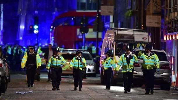 """Терористи """"Ісламської держави"""" взяли на себе відповідальність за подвійний теракт у Лондоні"""