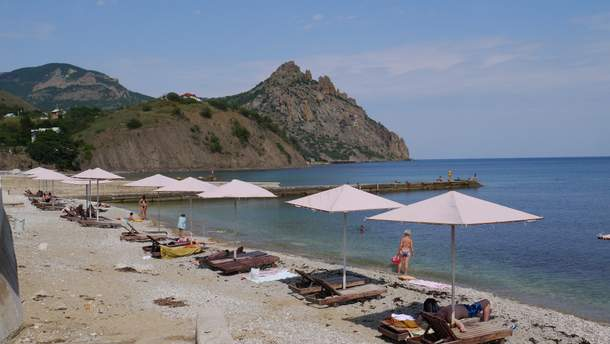 Пляжі Криму чекають на туристів