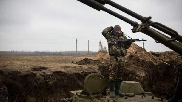 Український військовий в зоні АТО. Авдіївка, 2017