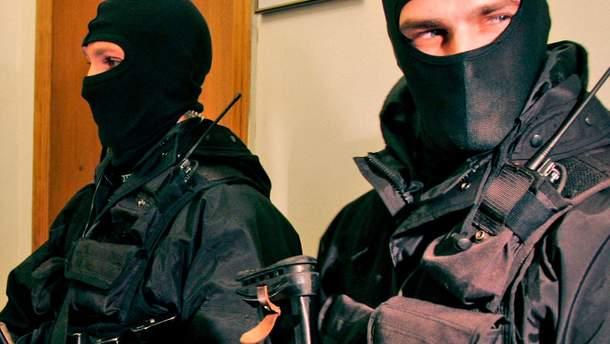 Правоохоронці проводять обшуки у Кривому Розі
