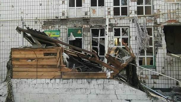 Значительным повреждениям от обстрелов подверглись здания пограничников