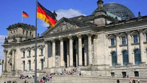 Немецком политику Вилли Виммеру запретили въезд в Украину на 5 лет