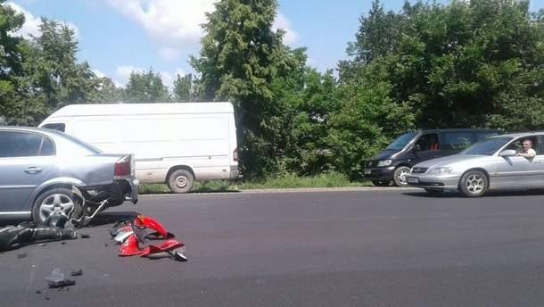 Авария произошла на на Ленковской трассе в Черновицкой области