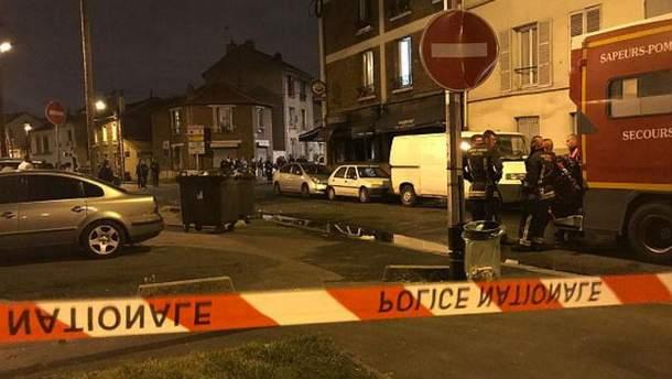 Фото с места события на юге Парижа