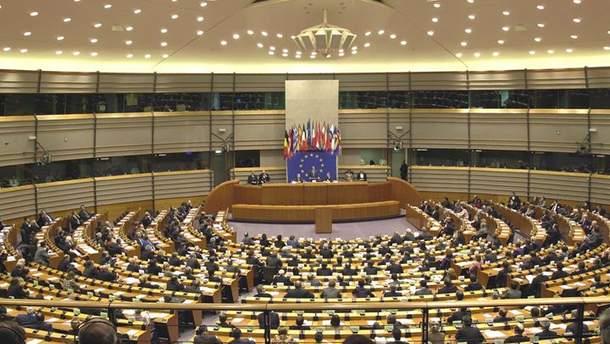 Єврокомісія розпочне процедуру проти трьох країн ЄС